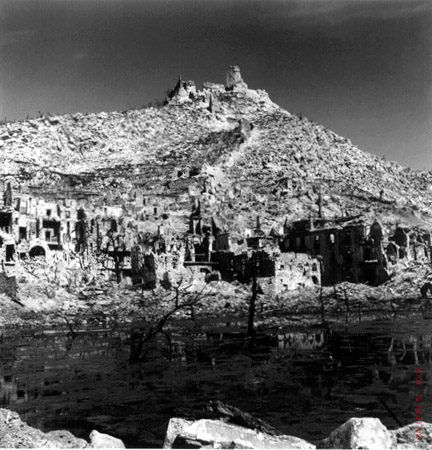 mydans_carl_abbey_of_monte_cassino_1944_16x20_L.jpg